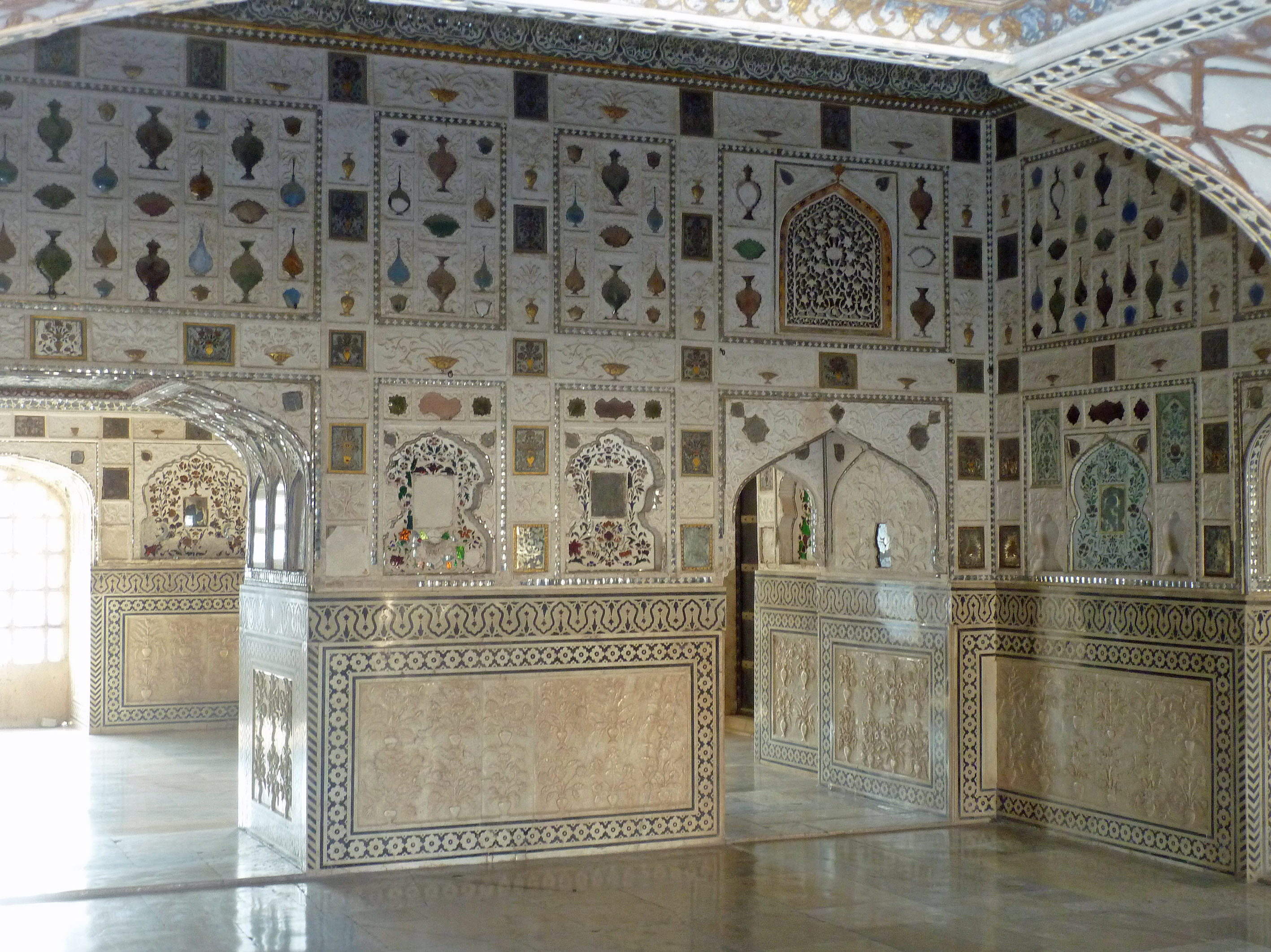 Amber Sheesh Mahal rooms 013